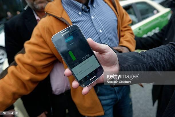 Uber App displays driver's revenue
