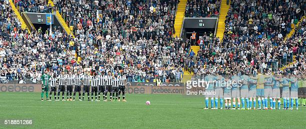Udinese and Napoli players observe a moment of silence in memory of Cesare Maldini a former coach of Italy before the Serie A match between Udinese...