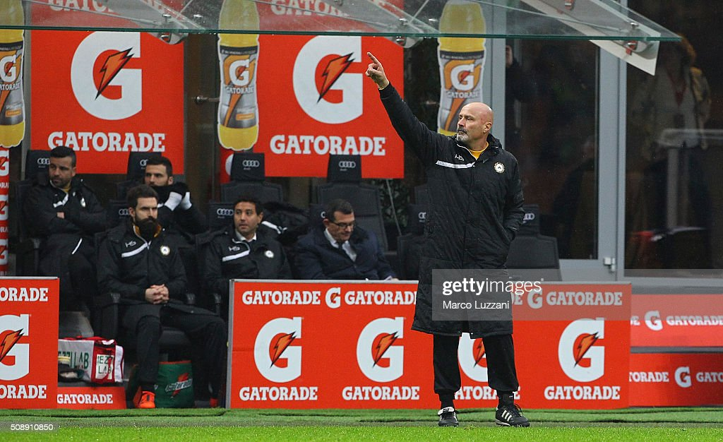 Udinese Calcio coach Stefano Colantuono issues instructions to his players during the Serie A match between AC Milan and Udinese Calcio at Stadio Giuseppe Meazza on February 7, 2016 in Milan, Italy.