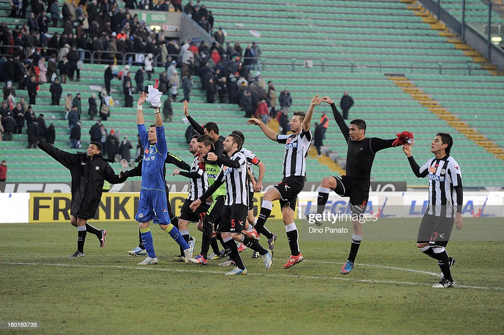 Udinese Calcio players celebrate victory after the Serie A match between Udinese Calcio and AC Siena at Stadio Friuli on January 27, 2013 in Udine, Italy.