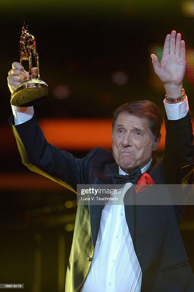 Udo Juergens talks on stage at the Bambi Awards 2013 at Stage Theater on November 14, 2013 in Berlin, Germany.