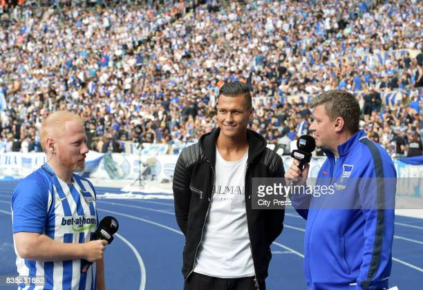 Udo Knierim Davie Selke and Fabian of Wachsmann of Hertha BSC during the game between Hertha BSC and dem VfB Stuttgart on August 19 2017 in Berlin...