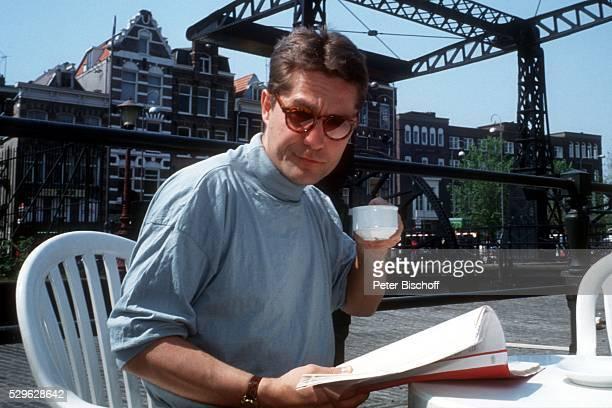 Udo Schernk privater Stadtbummel neben den Dreharbeiten zum ARD4Teiler 'Die Bombe tickt' am in Amsterdam Holland