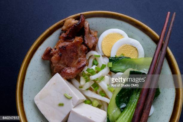 Udon noodle tofu