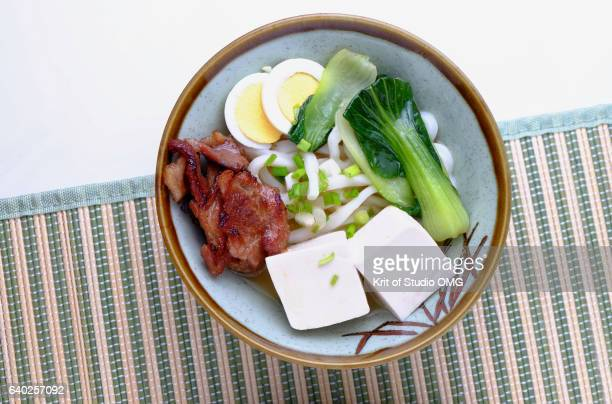Udon noodle with tofu soup