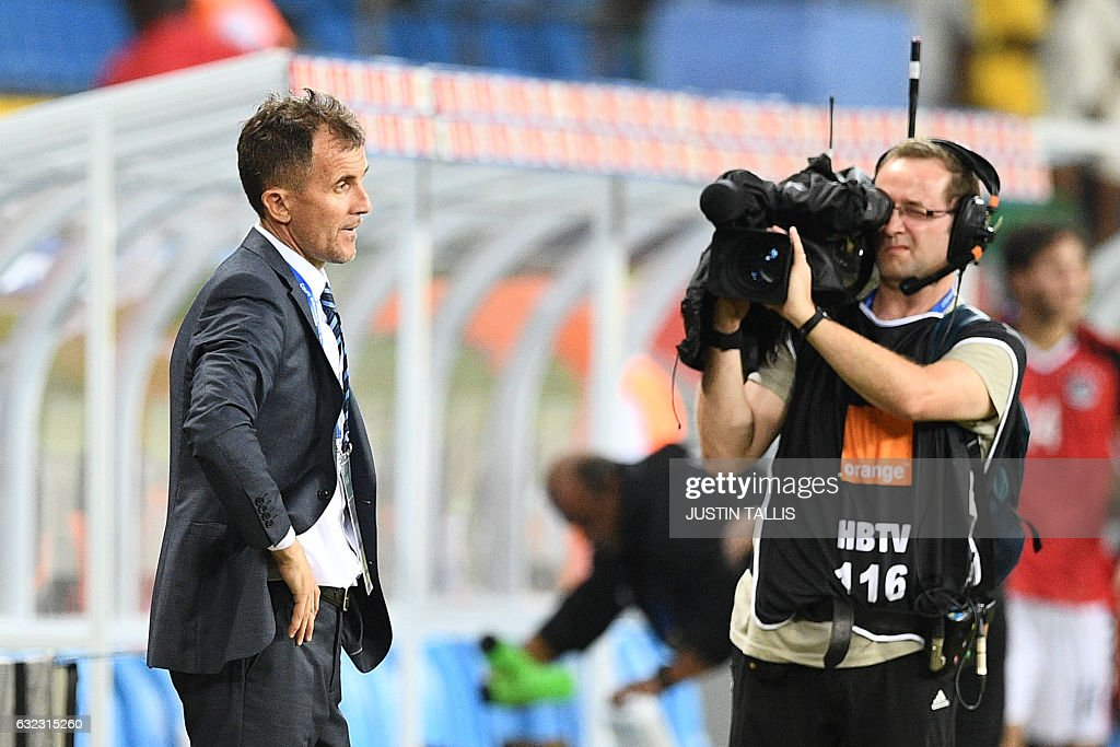 Uganda's Serbian coach Milutin Sredojevic reacts at the end of the 2017 Africa Cup of Nations group D football match between Egypt and Uganda in Port-Gentil on January 21, 2017. / AFP / Justin TALLIS