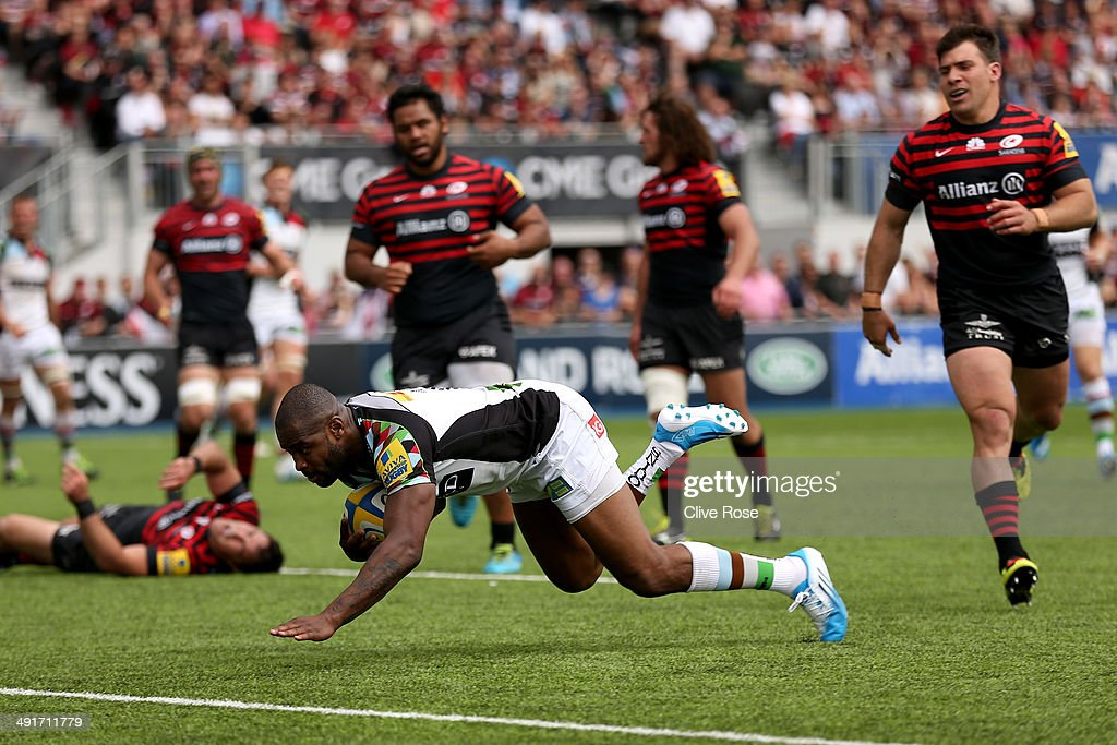 Ugo Monye of Harlequins scores a try during the Aviva Premiership Semi Final match between Saracens and Harlequins at Allianz Park on May 17, 2014 in Barnet, England.