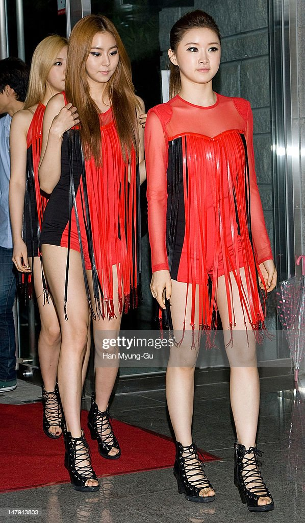 U-Ie (Uie) and E-Young of South Korean girl group After School attend during at the Guess 30th anniversary concert named 'Guess Party' on July 6, 2012 in Seoul, South Korea.