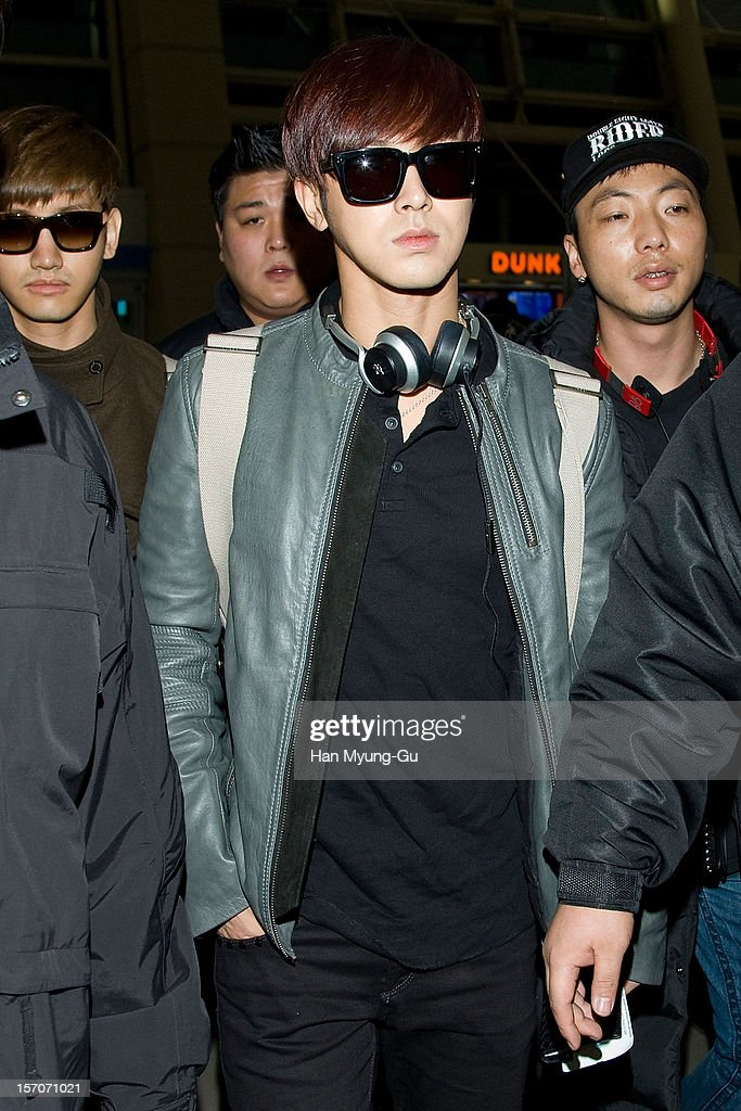 U-Know of South Korean boy band TVXQ is seen at Incheon International Airport on November 28, 2012 in Incheon, South Korea.