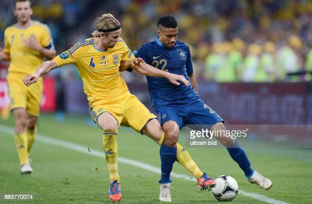 FUSSBALL EUROPAMEISTERSCHAFT Ukraine Frankreich Anatoliy Tymoshchuk gegen Gael Clichy