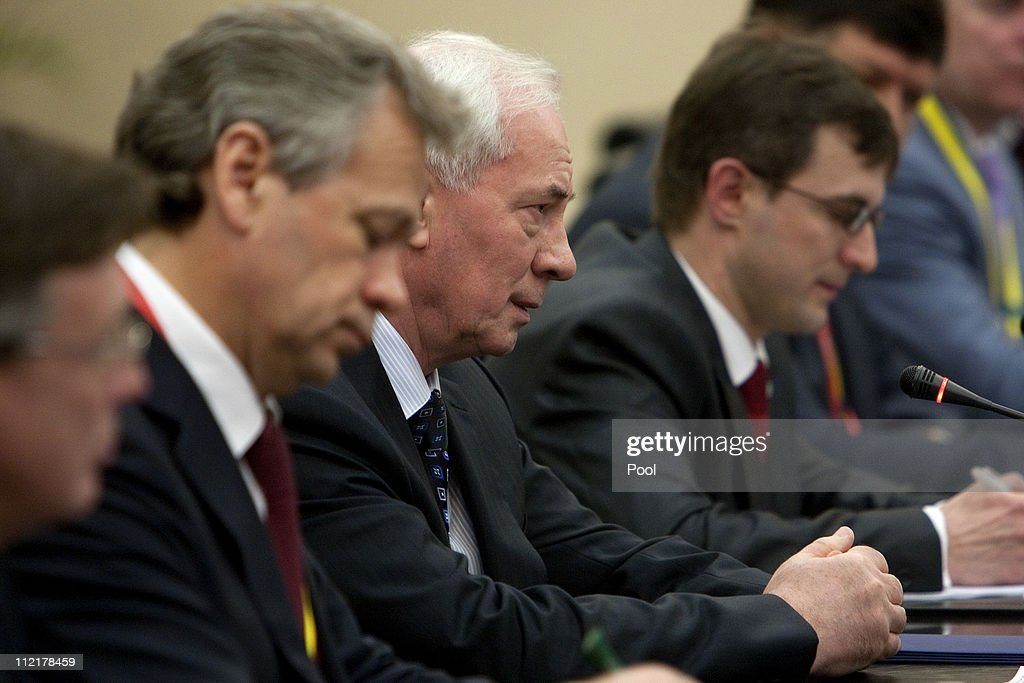 Ukraine's Prime Mininister <a gi-track='captionPersonalityLinkClicked' href=/galleries/search?phrase=Mykola+Azarov&family=editorial&specificpeople=764965 ng-click='$event.stopPropagation()'>Mykola Azarov</a> holds a bilateral meeting with Chinese President Hu Jintao (unseen) on April 14, 2011 in Sanya, Hainan province, China. <a gi-track='captionPersonalityLinkClicked' href=/galleries/search?phrase=Mykola+Azarov&family=editorial&specificpeople=764965 ng-click='$event.stopPropagation()'>Mykola Azarov</a> is on an official visit to discuss the development of bilateral relations, ahead of the three-day Boao Forum for Asia to be held on the southern Chinese island of Hainan..