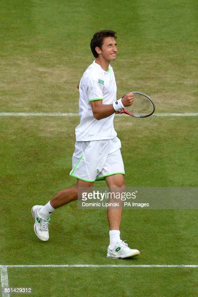 Ukraine's Sergiy Stakhovsky celebrates beating Switzerland's Roger Federer