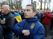 UKR: Rallies Against And In Support Of Land Sales Near Ukrainian Parliament