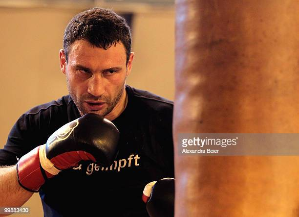 Ukrainian boxer Vitali Klitschko boxes during a training session on May 18 2010 in Going Austria The WBC Heavyweight World Championship fight between...