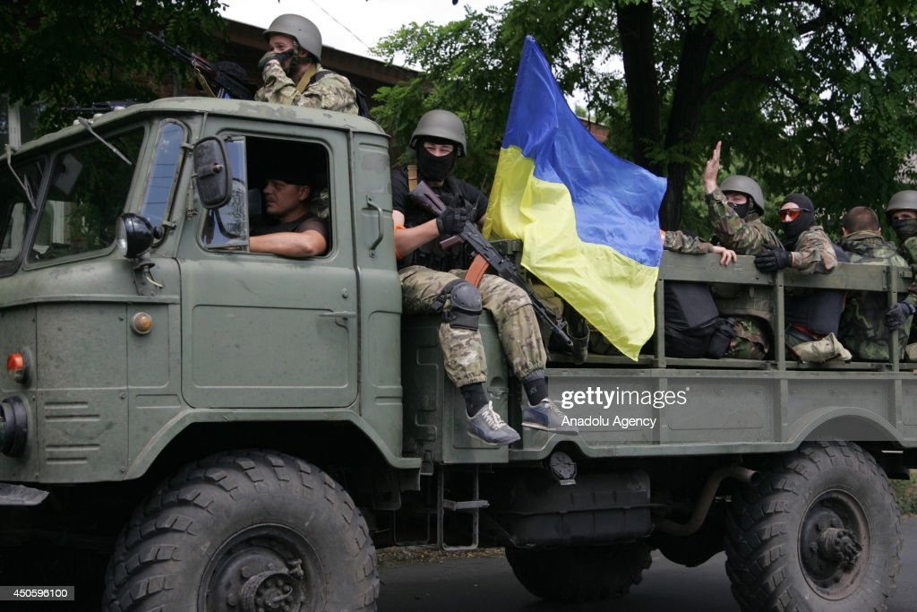 Ukrainian troops seize the main checkpoints of the city in Mariupol, Ukraine on 14 June, 2014.