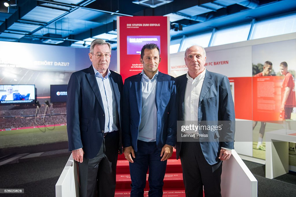 Uli Hoeness (R-L), former president of FC Bayern Muenchen, Hasan Salihamidzic, former player of FC Bayern Muenchen and Karl Hopfner, president of FC Bayern Muenchen pose during the opening of the exhibition 'Professional Football Player - Dream And Reality' at FCB Erlebniswelt on April 29, 2016 in Munich, Germany.