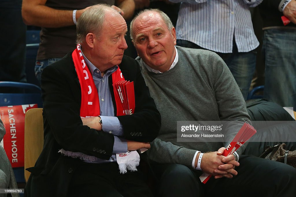 <a gi-track='captionPersonalityLinkClicked' href=/galleries/search?phrase=Uli+Hoeness&family=editorial&specificpeople=634868 ng-click='$event.stopPropagation()'>Uli Hoeness</a> (R), President of Bayern Muenchen talks to Rudolf Schels during the Beko Basketball match between Brose Bamberg and FC Bayern Muenchen at Stechert Arena on November 18, 2012 in Bamberg, Germany.