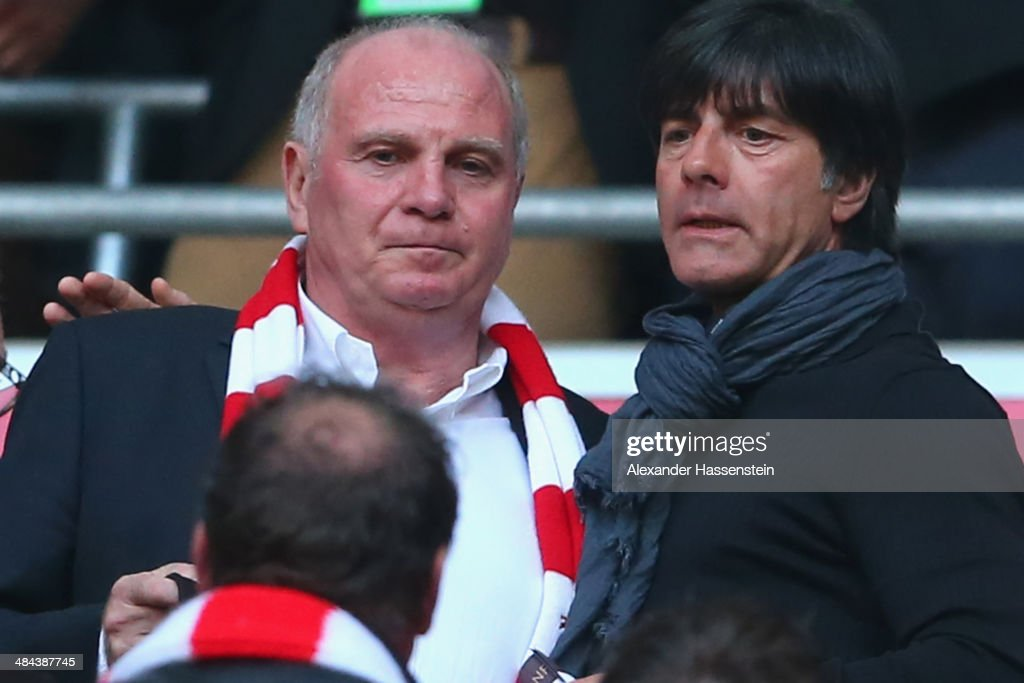 <a gi-track='captionPersonalityLinkClicked' href=/galleries/search?phrase=Uli+Hoeness&family=editorial&specificpeople=634868 ng-click='$event.stopPropagation()'>Uli Hoeness</a> (L) talks to <a gi-track='captionPersonalityLinkClicked' href=/galleries/search?phrase=Joachim+Loew&family=editorial&specificpeople=215315 ng-click='$event.stopPropagation()'>Joachim Loew</a>, head coach of the German national team prior to the Bundesliga match between FC Bayern Muenchen and BVB Borussia Dortmund at Allianz Arena on April 12, 2014 in Munich, Germany.