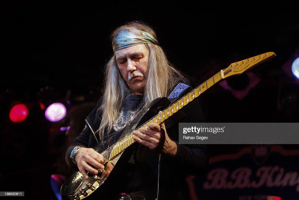 NEW YORK, NY - JANUARY 31: Uli Jon Roth of Scorpions performs at B.B. King Blues...
