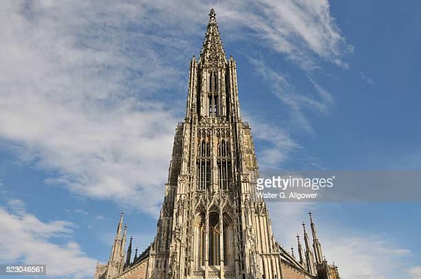 Ulmer Muenster church, Ulm Minster, 161.53m, tallest church tower in the world, Muensterplatz square, Ulm, Baden-Wuerttemberg, Germany, Europe