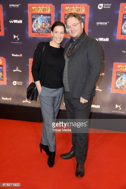 Ulrike Frank and her husband Marc Schubring attend the premiere of the children's show 'Spiel mit der Zeit' at Friedrichstadtpalast on November 19...