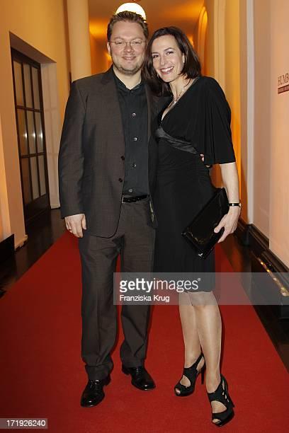 Ulrike Frank Und Ehemann Marl Schubring Bei Der Moet Academy Night Im Humboldt Carre In Berlin Am 270211