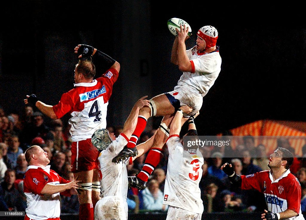 Ulster's Jeremy Davidson wins the lineout from David Couzinet of Biarritz during the UlsterBiarritz match at Ravenhill in the Heineken Cup 06...