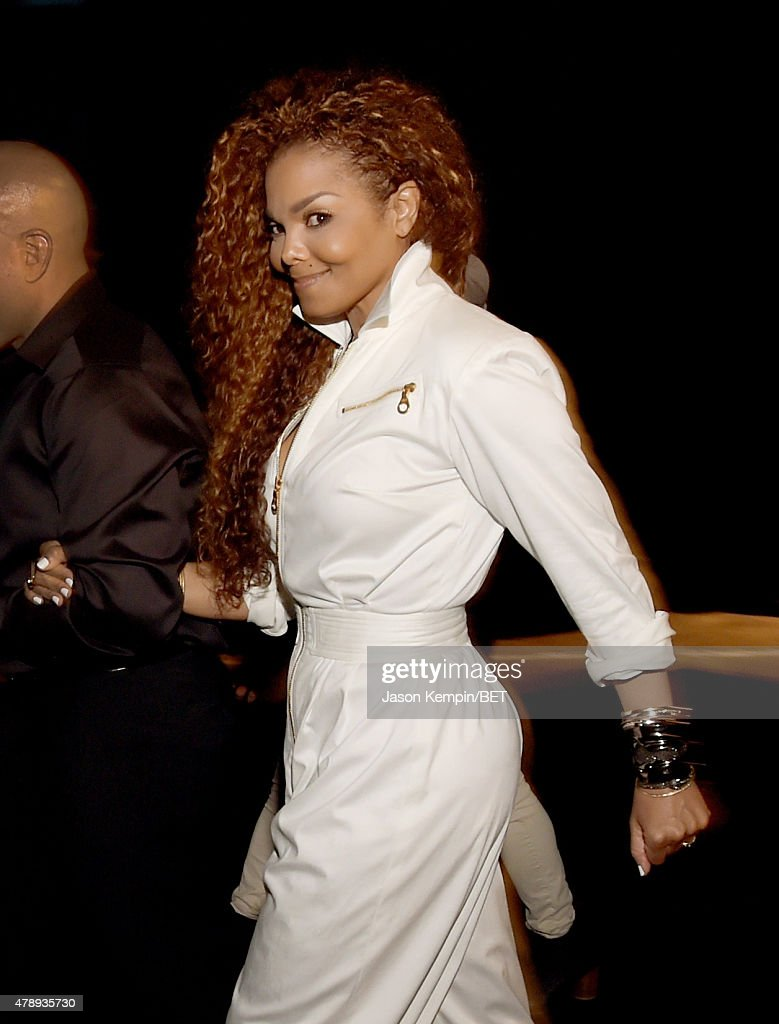 Ultimate Icon Honoree <a gi-track='captionPersonalityLinkClicked' href=/galleries/search?phrase=Janet+Jackson&family=editorial&specificpeople=156414 ng-click='$event.stopPropagation()'>Janet Jackson</a> poses backstage during the 2015 BET Awards at the Microsoft Theater on June 28, 2015 in Los Angeles, California.