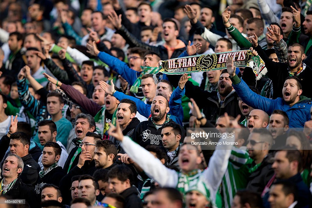 Ultra fans of Real Betis Balompie protests to the Team«s manager executive during the La Liga match between Real Betis Balompie and Real Madrid CF at...