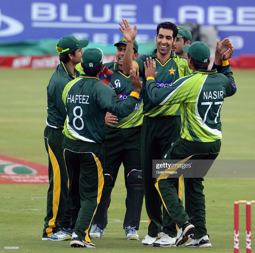 Umar Gul of Pakistan celebrates the wickey of Faf du Plessis of South Africa with his team mates during the 2nd T20 match between South Africa and Pakistan at SuperSport Park on March 03, 2013 in Pretoria, South Africa