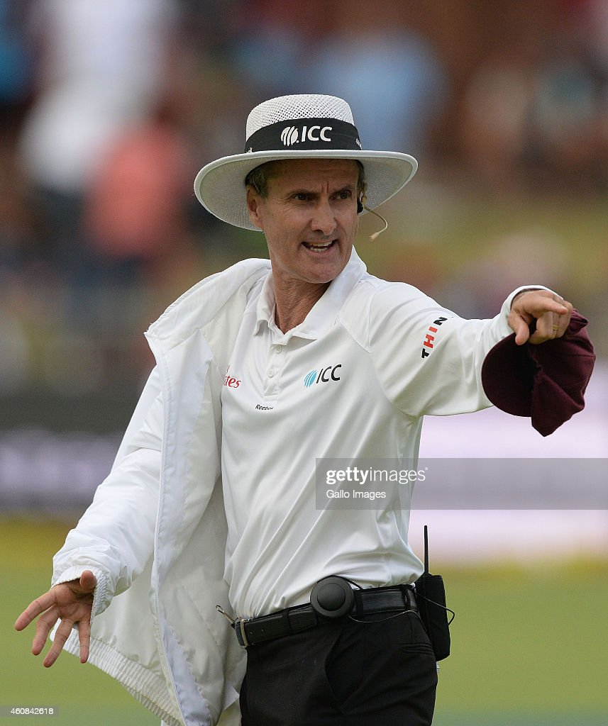 Umpire Billy Bowden gets his jumper on during day 1 of the 2nd Test match between South Africa and West Indies at St Georges Park on December 26 2014...