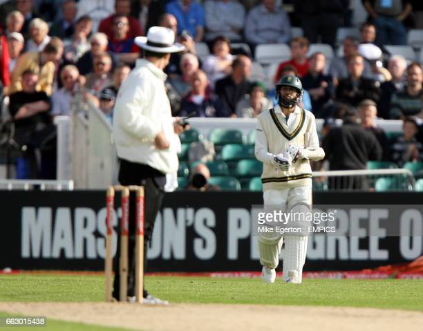 umpire Billy Bowden recalls South Africa's Hashim Amla to the field