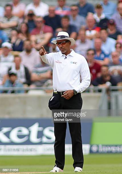 Cricket Umpire Signals Stock Photos and Pictures | Getty ...