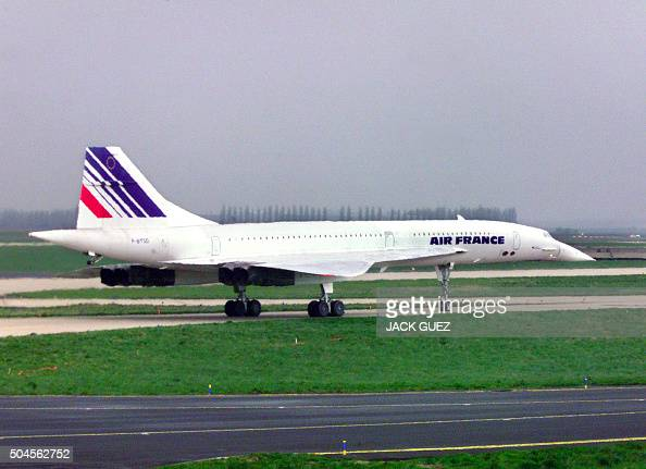 Accident d avion stock photos and pictures getty images for Interieur d un avion air france