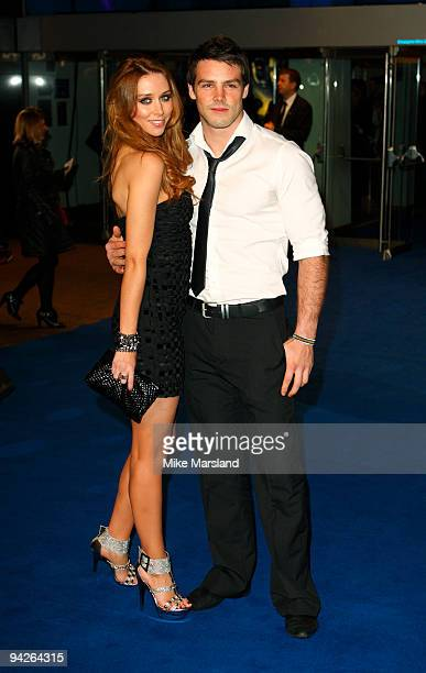 Una Healy attends the World Premiere of Avatar at Odeon Leicester Square on December 10 2009 in London England