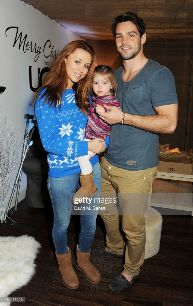 <a gi-track='captionPersonalityLinkClicked' href=/galleries/search?phrase=Una+Healy&family=editorial&specificpeople=5523039 ng-click='$event.stopPropagation()'>Una Healy</a>, daughter Aoife Belle Foden and <a gi-track='captionPersonalityLinkClicked' href=/galleries/search?phrase=Ben+Foden&family=editorial&specificpeople=542798 ng-click='$event.stopPropagation()'>Ben Foden</a> attend the launch of the UGG Christmas Grotto at Duke of York Square on November 27, 2013 in London, England.