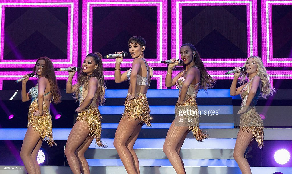 Una Healy Vanessa White Frankie Sandford Rochelle Humes and Mollie King of The Saturdays perform on stage at Wembley Arena on September 19 2014 in...