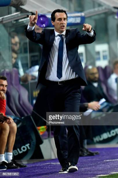 Unai Emery Head Coach of PSG gestures during the Champions League Group B match between RSC Anderlecht and Paris SaintGermain on October 18 2017 in...