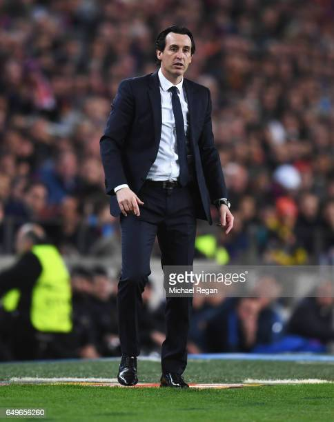 Unai Emery head coach of PSG looks on from the touchline uring the UEFA Champions League Round of 16 second leg match between FC Barcelona and Paris...