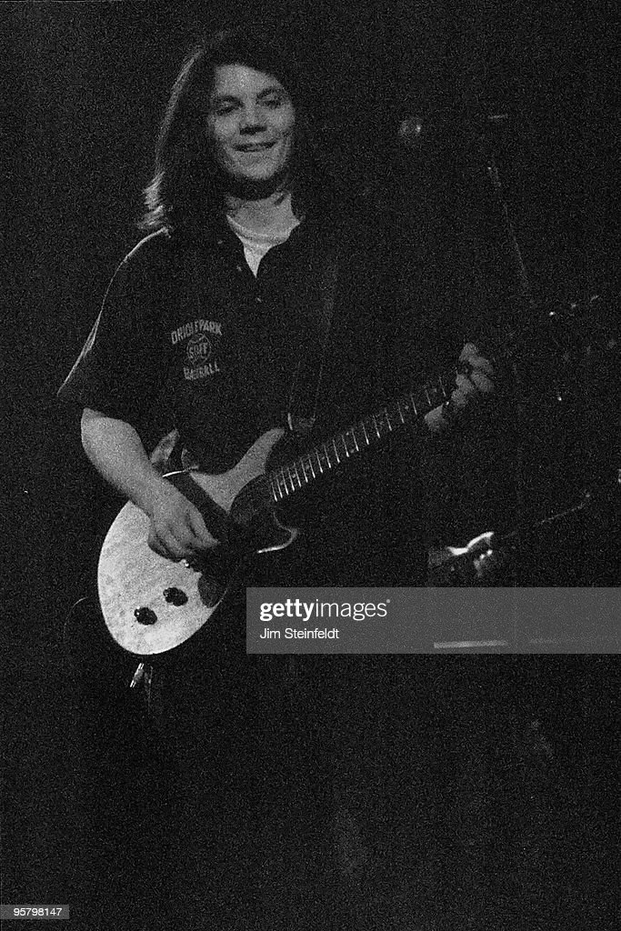 Uncle Tupelo (Jeff Tweedy) performs at First Avenue nightclub in Minneapolis, Minnesota on March 20, 1994.