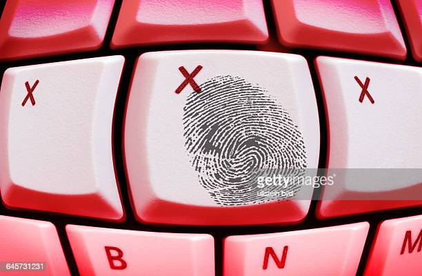 XXX und Fingerabdruck auf einer Computertastatur Erotik im InternetPorno Hardcore
