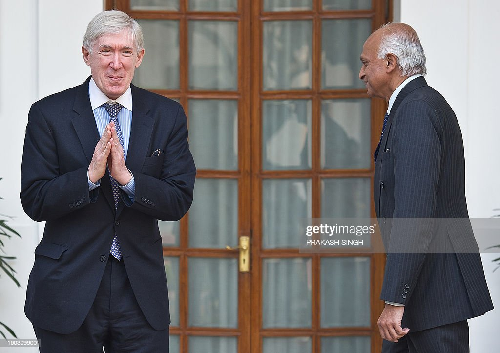 US Under Secretary for Economic Growth, Energy, and the Environment, Robert D. Hormats (L), gestures prior to a meeting with Indian Foreign Secretary, Ranjan Mathai, in New Delhi on January 29, 2013. The US under Secretary is on six days on visit till January 31, 2013 . AFP PHOTO/ Prakash SINGH