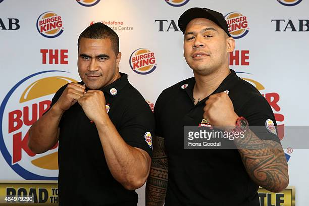 Undercard fighters former Tongan Rugby captain Finau Maka and Butterbean pose for the media during a press conference at Papatoetoe Burger King on...