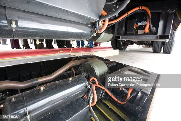 Usa energy hybrid school bus pictures getty images for Lonne electric motors usa