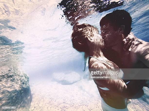 水中のキス