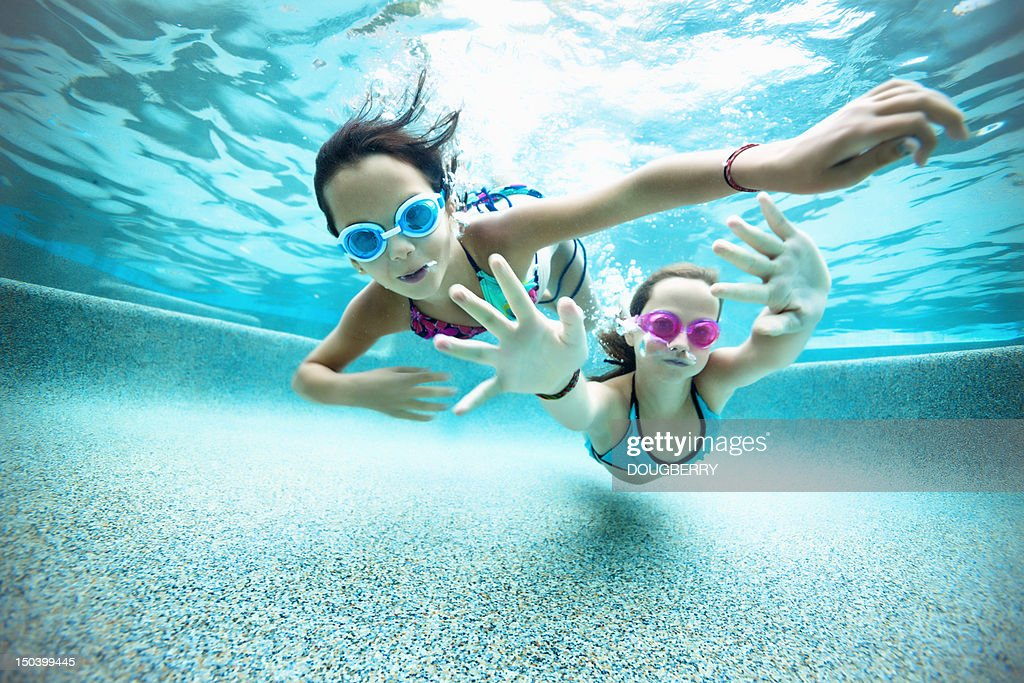 Underwater swimming perspective : Stock Photo