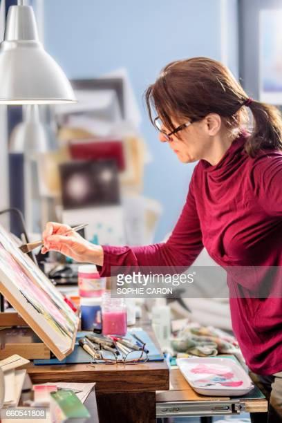 Une femme et son oeuvre.