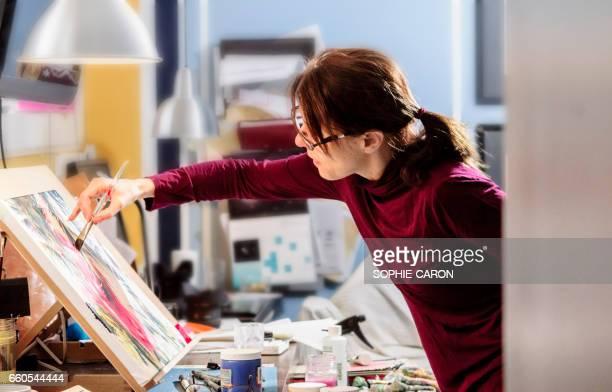 Une femme et son œuvre.