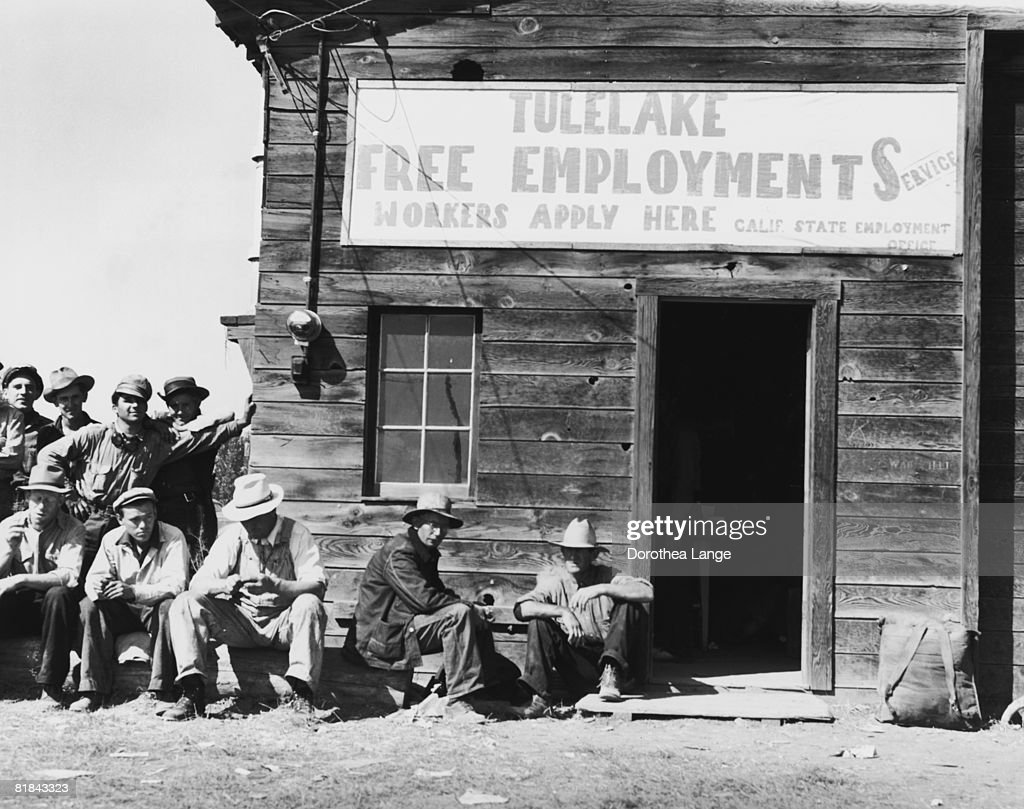 the effects of the great depression in california Amazoncom: endangered dreams: the great depression in california ( americans and the california dream) (9780195118025): kevin starr: books.