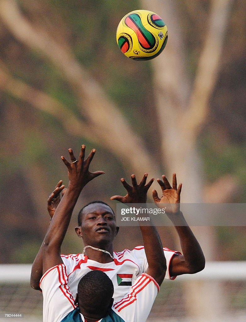 Unidentified Sudanese players train in Kumasi 25 January, 2008, during the African Cup of Nations football championship.